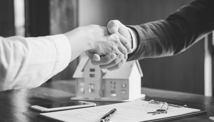 How A Real Estate Closing Officer Helps Seal The Deal On Your New Property